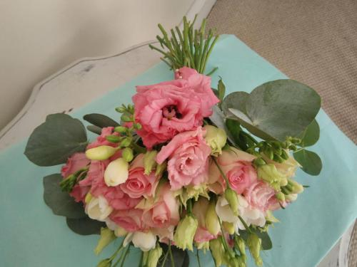 Hand-tied Wedding Flowers